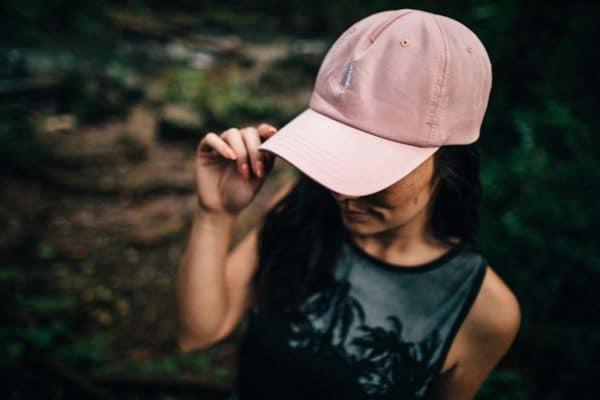 Peak fenyőfás rózsaszín sapka style 1 - Tentree