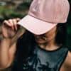 Peak fenyőfás rózsaszín sapka style 2- Tentree