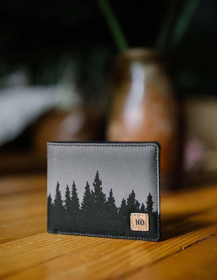 Tentree újrahasznosított pénztárca fekete Juniper előröl style
