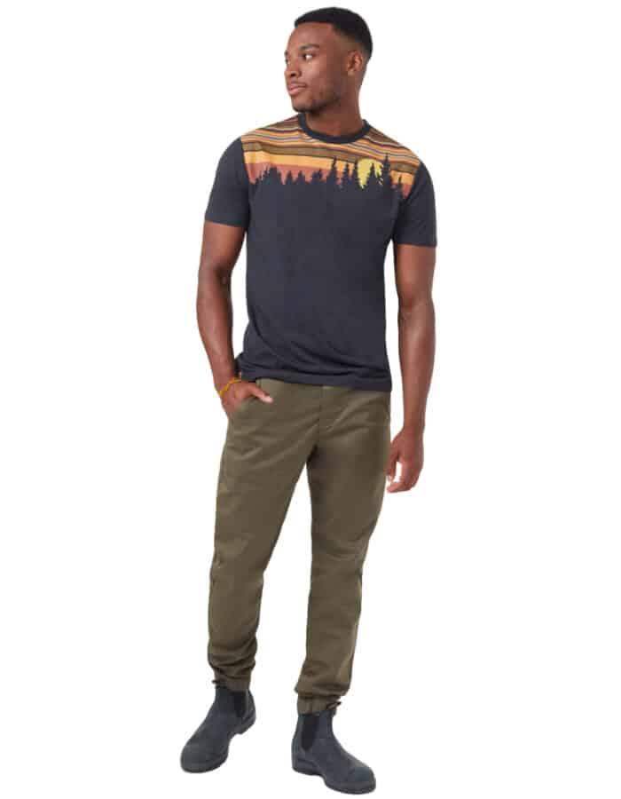 Retro Juniper férfi póló teljes alakos kép