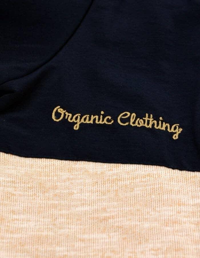 """Chambers pulóver kék drapp színnel hímzett """"Organic Clothing"""" felirattal"""