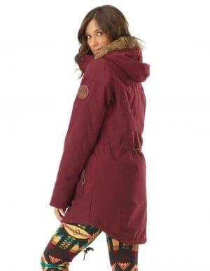 Katniss női kabát felvéve oldalról