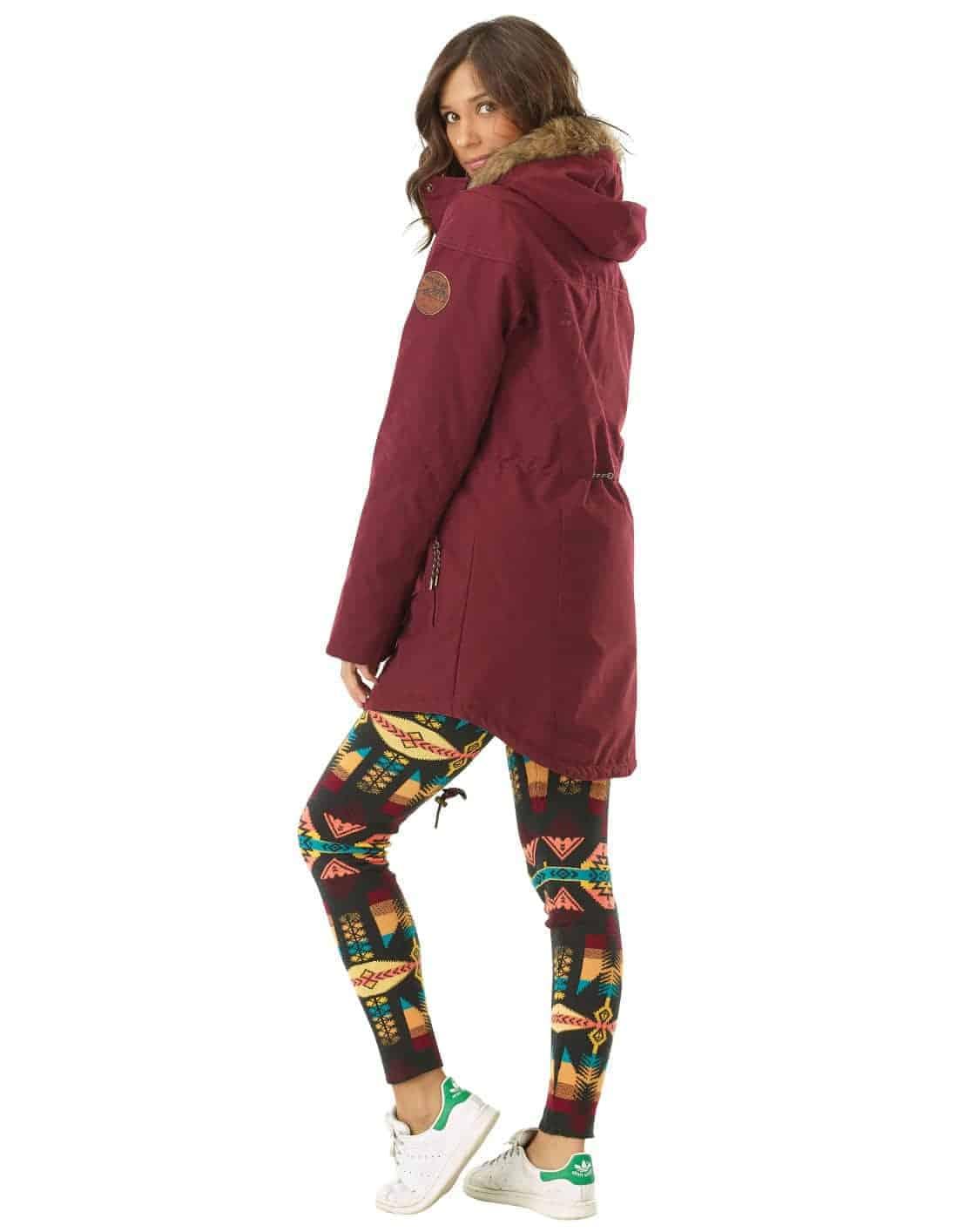 Katniss női kabát felvéve oldalról full