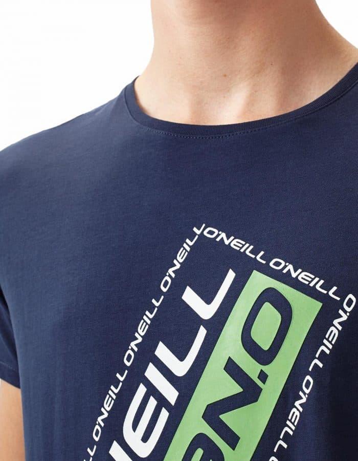 Slanted O'Neill póló közelről
