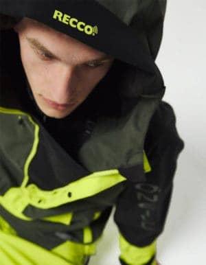 Original Anorak O'Neill Blue férfi technikai kabát közelről- arc